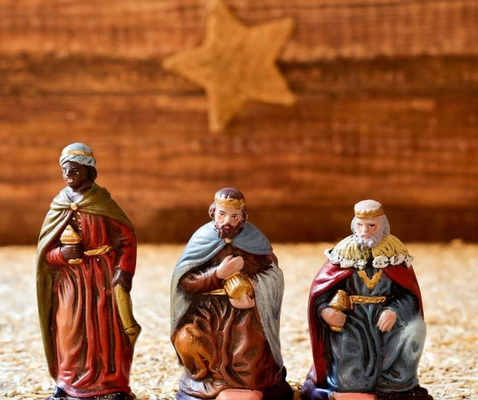 Special Catholic rituals for Epiphany and ideas for homeschool activities for three kings day
