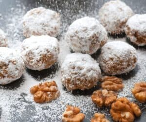 Vegan Snowball Cookie recipe! No butter gluten free snowball cookies for Christmas!